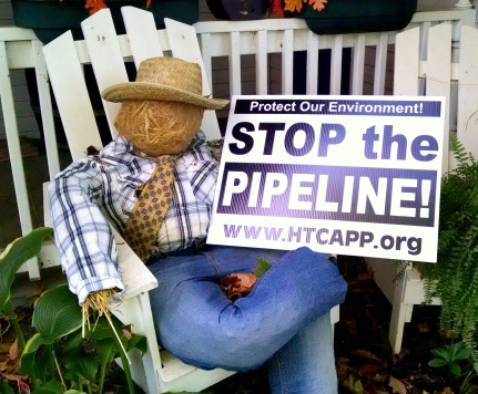 Scare Crow pipeline sign2.jpg